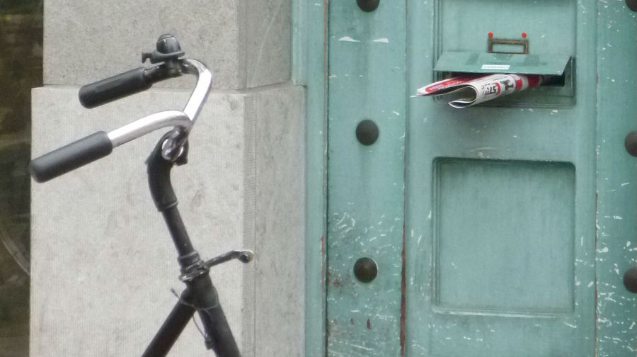 bike-near-mail-slot